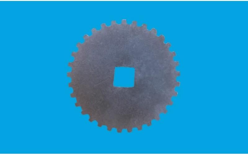 RENAULT TRAILER TRUCK WINDOW  REGULATOR TUBE GEAR (METAL)